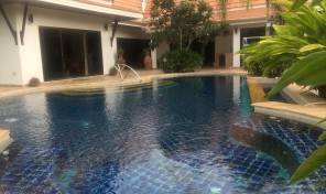 Pool villa 4 bedrooms with private pool near beach, rayong in VIP Chain Resort, Phe.