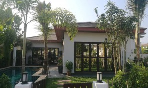Pool Villa 2 bedrooms with nice garden